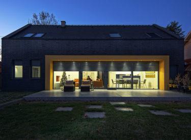 Fasadne-cigle-alibunar-privatna-kuca-feldhaus-klinker-brick-house-00000