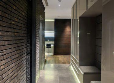dekorativna-cigla-u-apartmanu-postavljanje