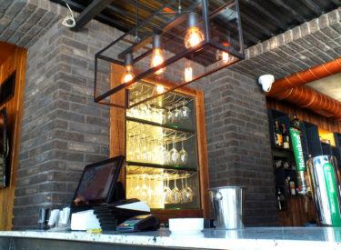 enterijer-restoran-vracar-cross-dekorativne-cigle-listele