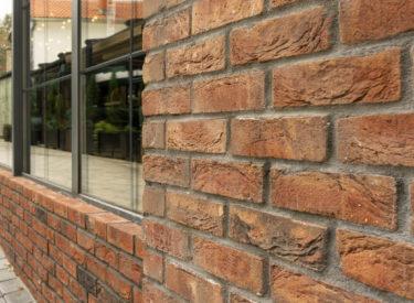fasada-hotel-nota-listele-vandersanden-uglovi