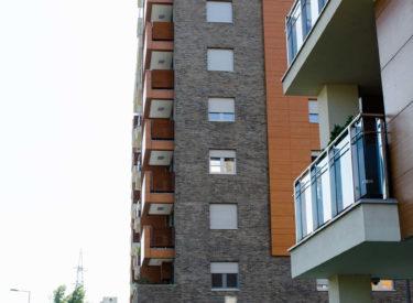 fasadne-cigle-a-blok-stambena-zgrada