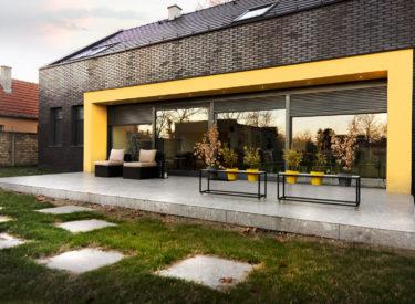 privatna-kuca-fasadne-listele-felhaus-klinker-uglovi