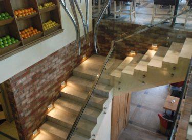 stepenice-restorana-Boutique-dekorativne-cigle-listele