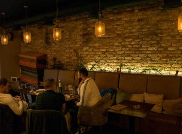 unutrasnjost-restorana-pardon-brickhouse