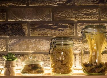 Dekorativne-cigle-listele-restoran-Trezor-vandersanden-15