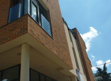 Stambeno-poslovna-zgrada-fasadne-cigle-feldhaus-klinker-00017