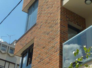 Stambeno-poslovna-zgrada-fasadne-cigle-feldhaus-klinker-00020